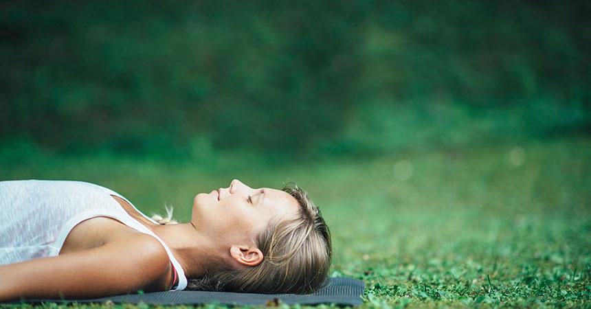 疲れ・寝不足・体重増加…活躍世代の女性にヨガで癒しを