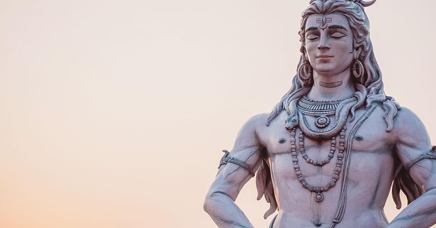 タントラとは、ヒンドゥー教におけるシヴァ派の教典名。